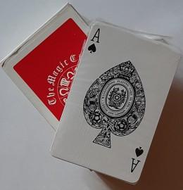 The Magic Circle Playing Cards/Waddingtons Plaing Card LTD